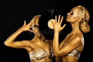 women,fashion,beauty-Women Life.jpg
